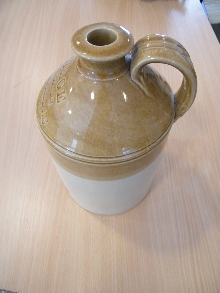 Brown stoneware cider pot